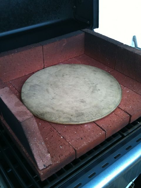 Bbq Brick Pizza Oven It Was Simple Really Just Headed Over To Home Depot And Purchased 18 Clay Bricks The Ones That Are Half Width Of Regular Red