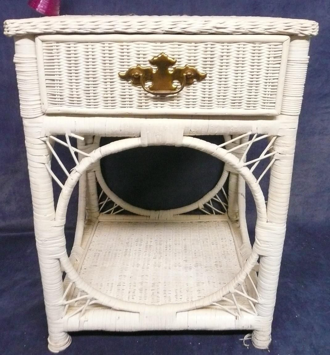 Vintage Antique Retro White Wicker