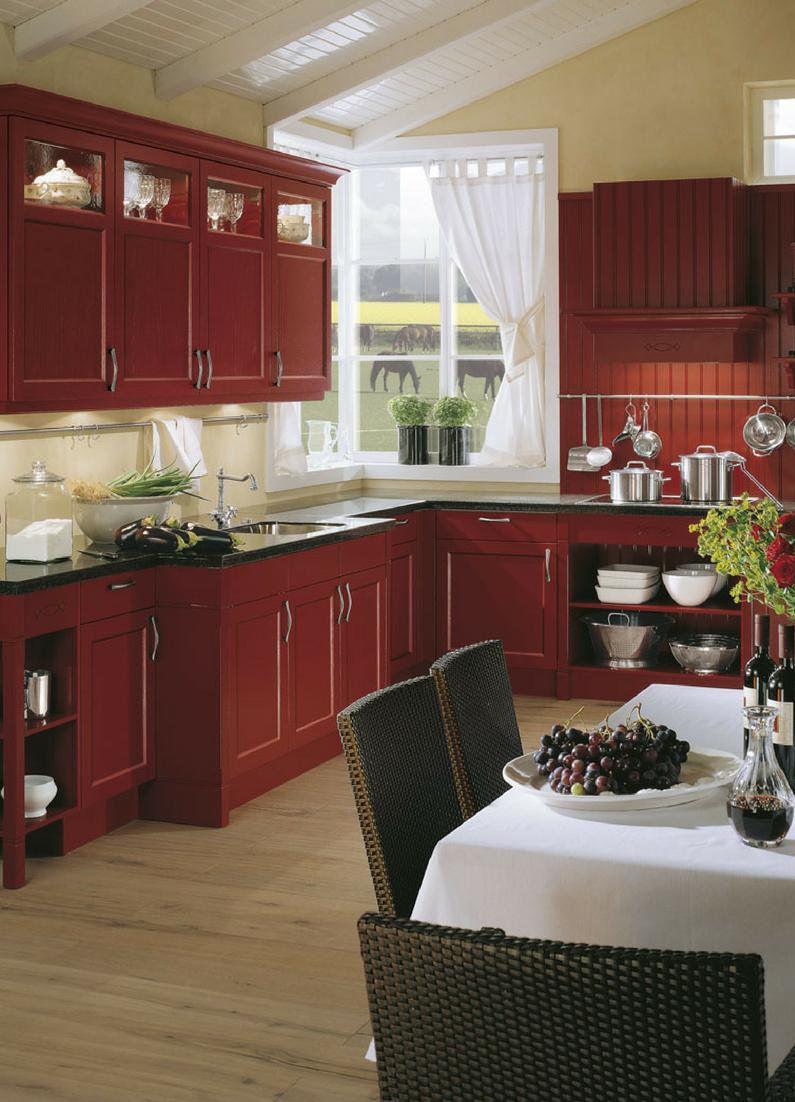 Nolte küchen ohyah · rote landhausküche in l form mit dunklem fliesenboden landhaus
