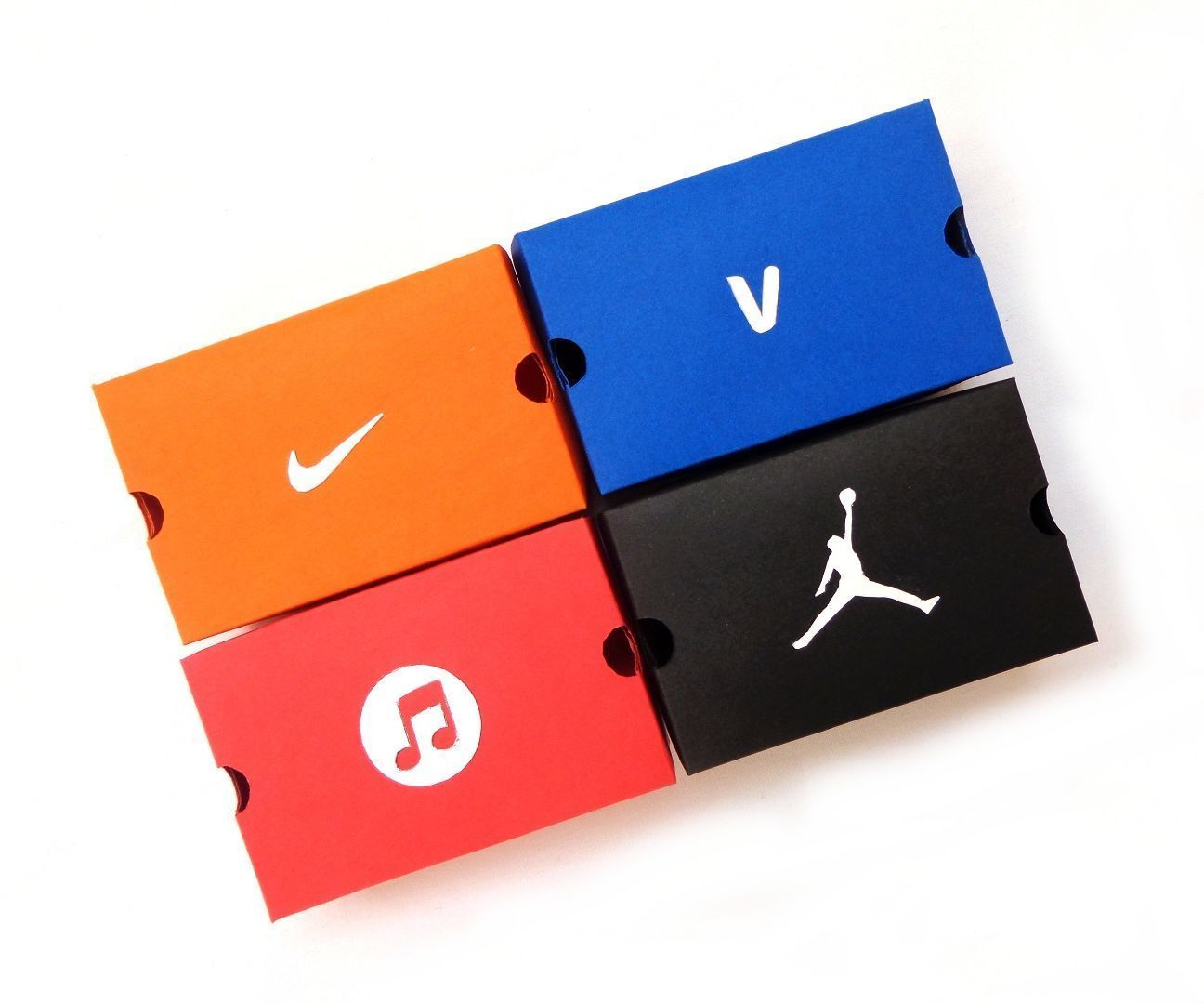 DIY Mini-Papercraft Shoe Box/Gift Box | Papercraft, Tiny gifts and ...