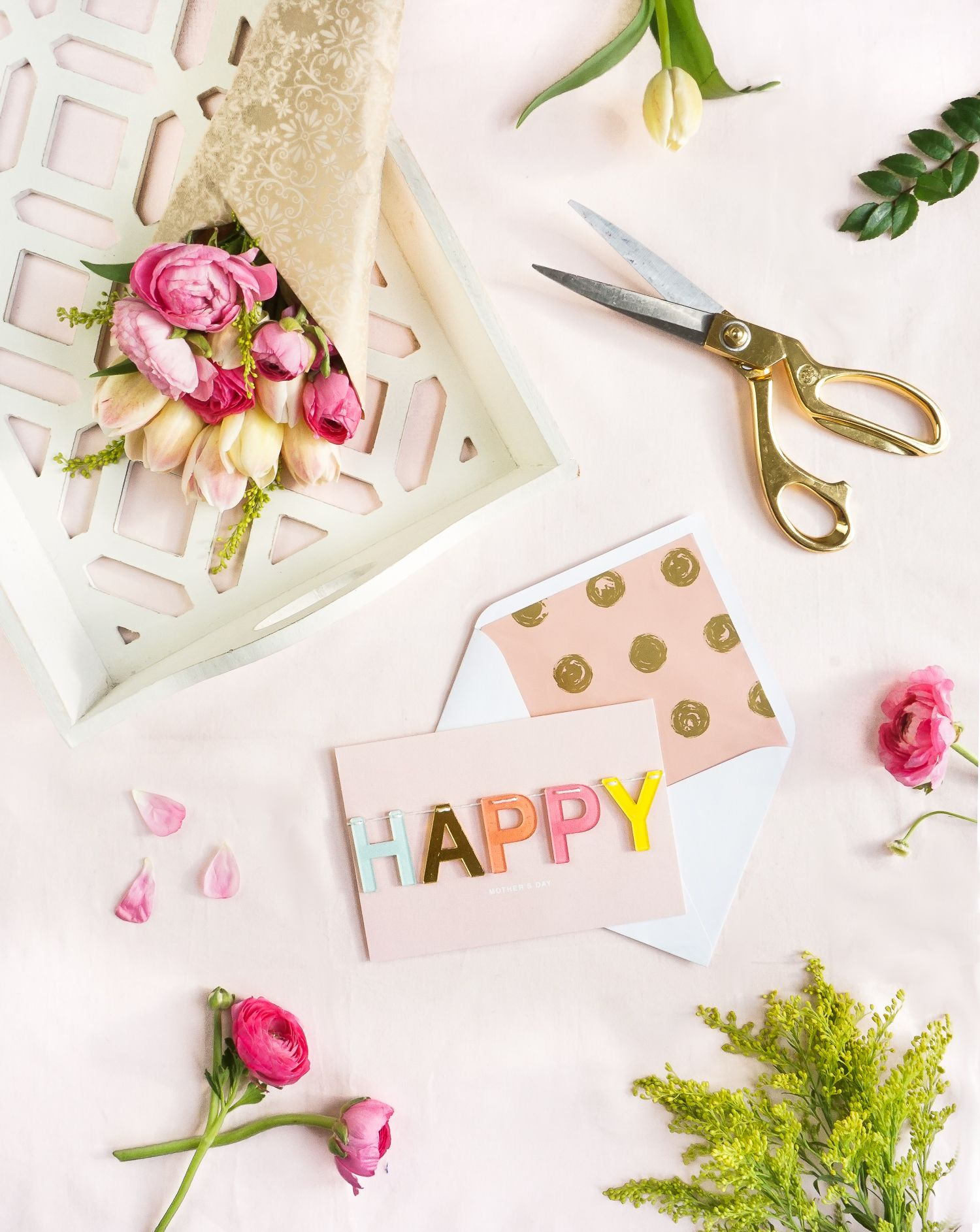 ways to personalize store bought cards for motherus day cards
