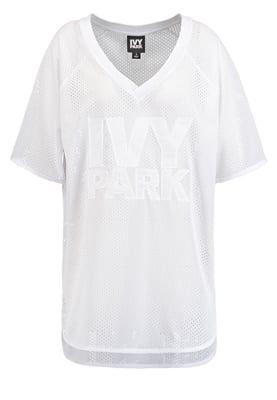 Dies wird dein neues Sportshirt. Ivy Park T-Shirt print - white für 48,90 € (21.05.16) versandkostenfrei bei Zalando bestellen.