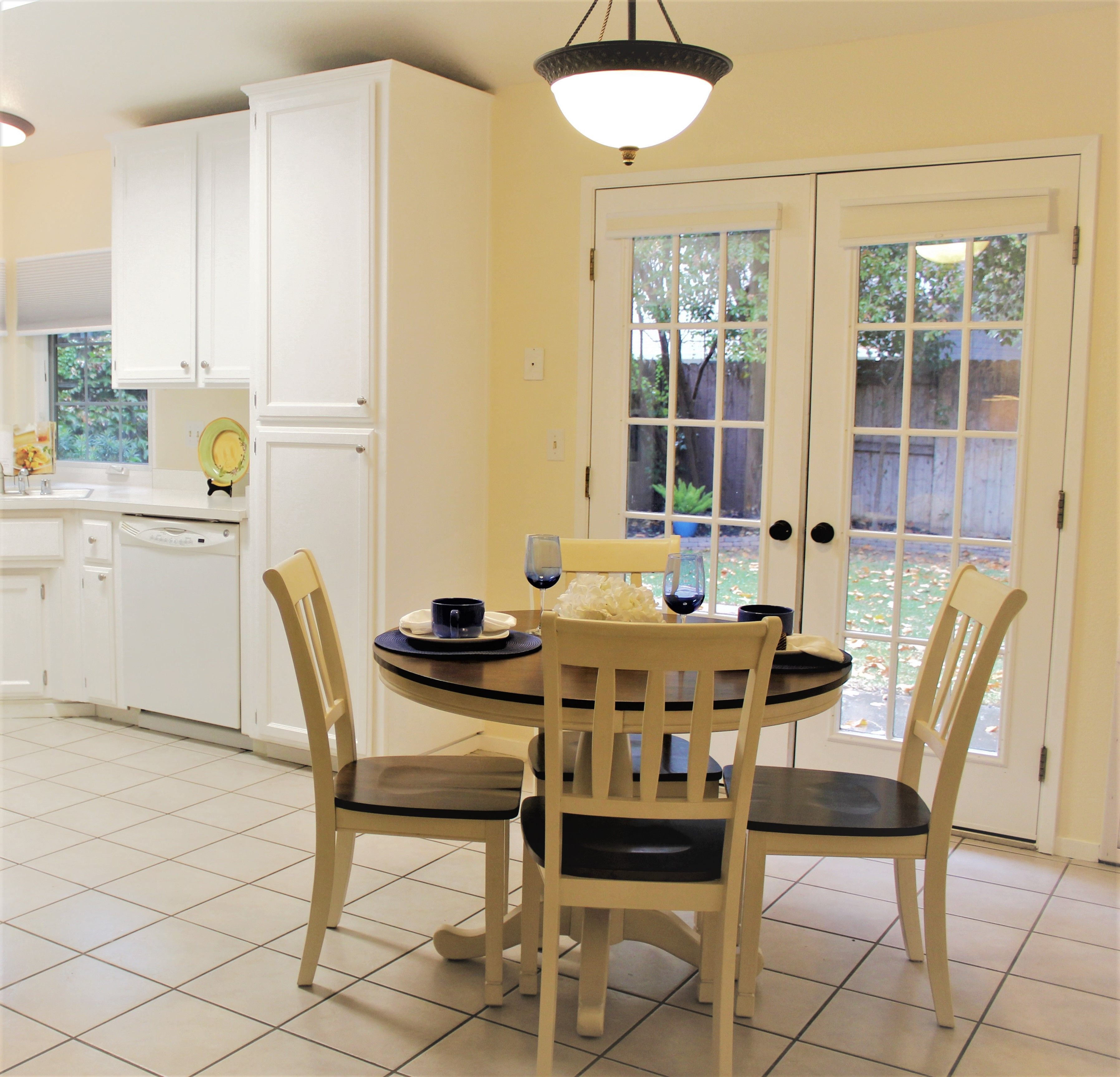 Home Staging Dining Room Table: Pin By RS Home Staging On RS Home Staging (With Images