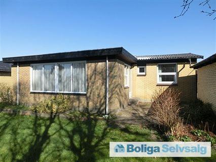 Engvej 24, 9850 Hirtshals - Godt hus med stor have på stille villavej. INDFLYTNINGSKLAR ! #villa #hirtshals #selvsalg #boligsalg #boligdk