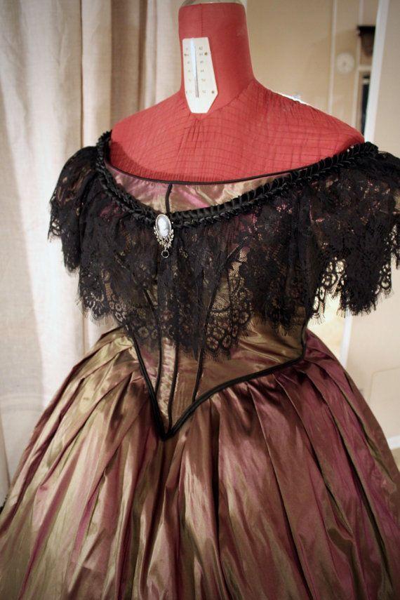 Ballkleid Victorian Kleid mit Spitze Borten. 1860 von SecretTimes ...