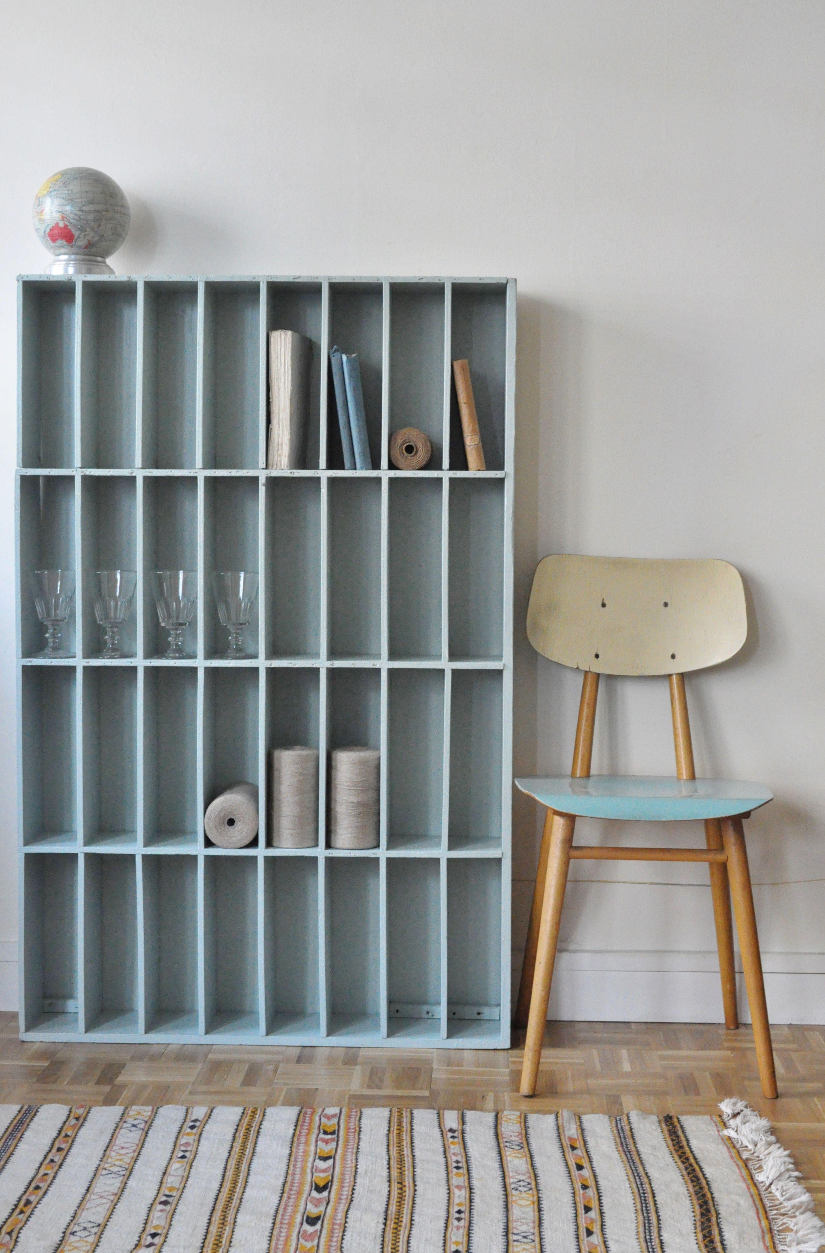 Mobilier De Salon, Meuble De Metier