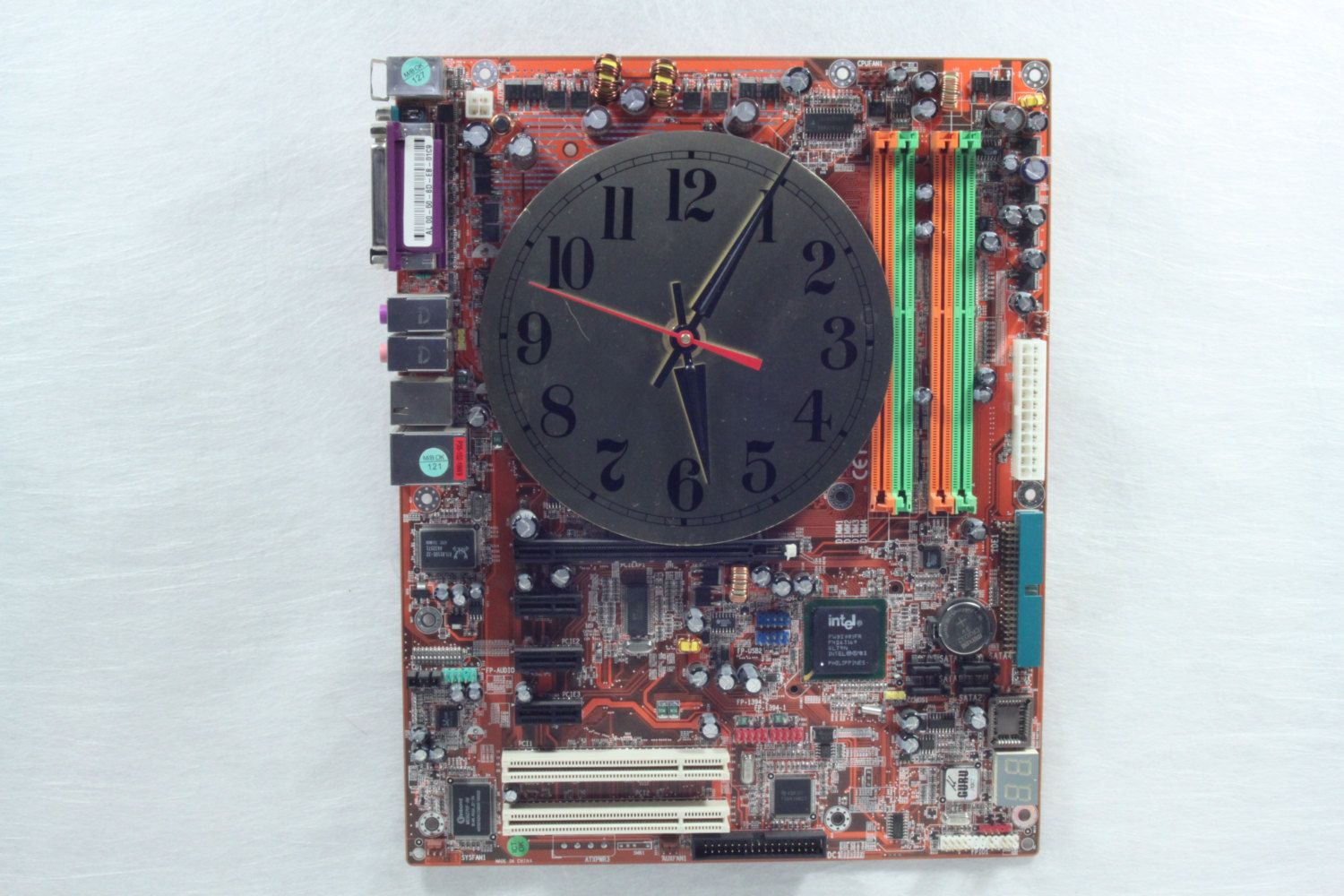 Question 2 The Future Of E Waste Ewaste Can Be Used To Build Pcb Sculptures Artist Upcycles Old Circuit Boards Into Art Abstract Objects Like This Cool Clock Made From A Motherboard Eraseewaste