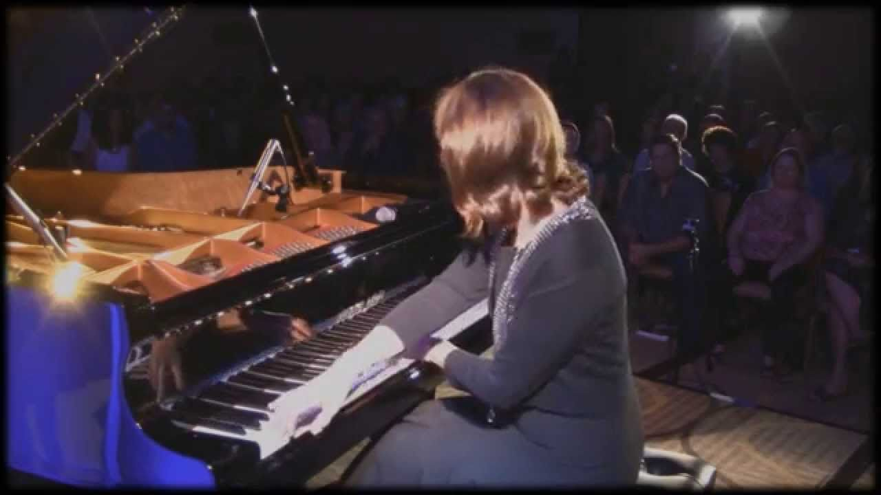Christine Brown - Best Album Awards Concert performance of