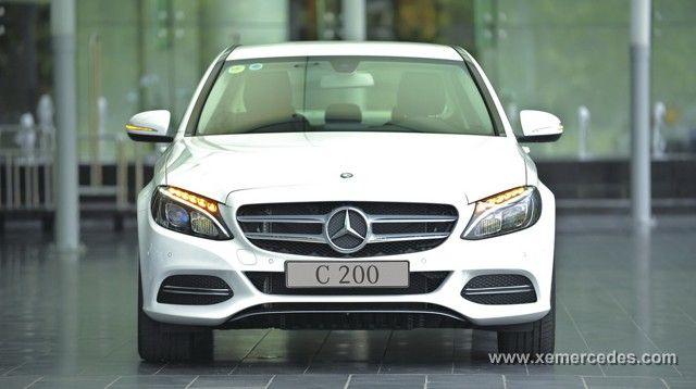 Mercedes c200 2015 giá tốt nhất thị trường hotline 0987558585 sang trọng thể hiện đẳng cấp của bạn. http://www.xemercedes.com/danh-muc/mercedes-benz-c200-.html