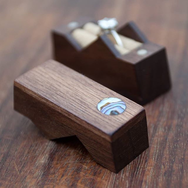 5x Wooden Wedding Ring Box with a Ring Shapes Wood Ring Craft Embellishments Decoration Gift Decoupage MG000776 5cm