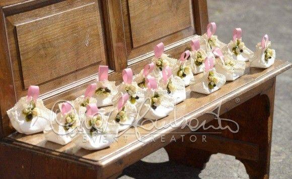 Matrimonio In Costiera Sacchetti Portariso Realizzati A Mano Dalla Sposa Per Una Personalizzazione Esclusiva Dell Evento C Matrimonio Wedding Planner Sposa