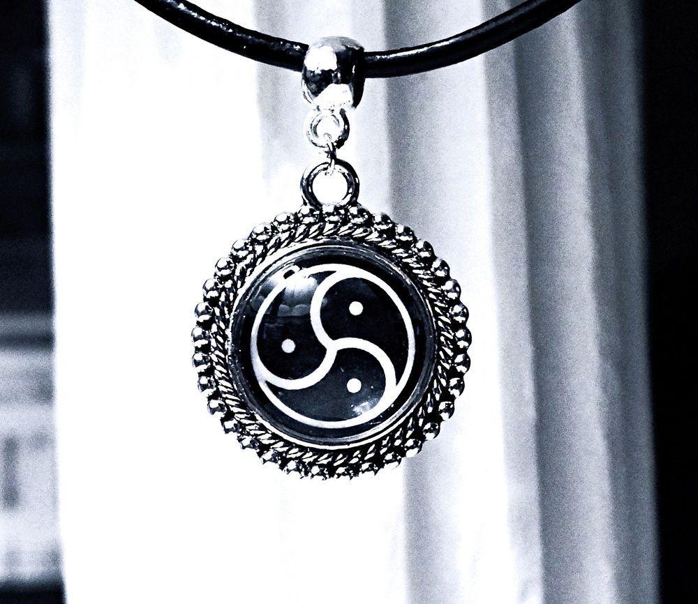 Submissive collar bdsm symbol triskele triskelion necklace submissive collar bdsm symbol triskele triskelion necklace dominant fetish slave biocorpaavc Gallery