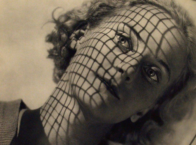 Maurice Tabard - Ritratto di Mrs Hubbell, 1931