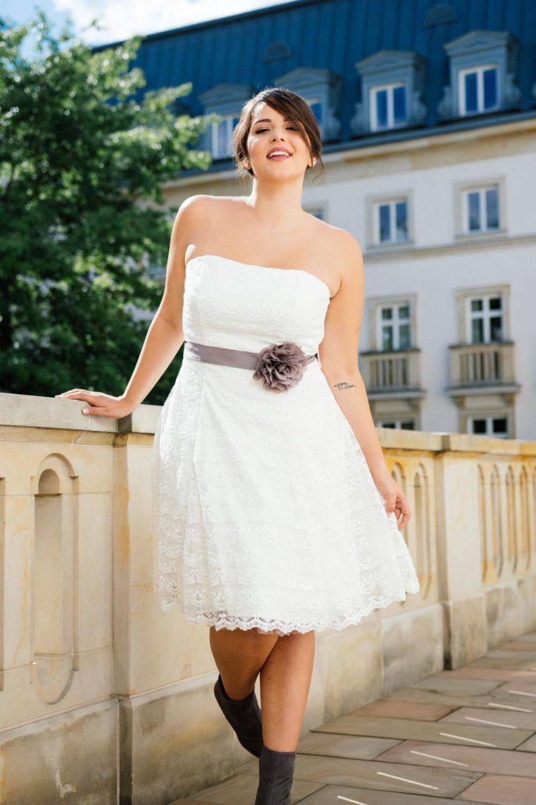 Brautkleider große Größen | Brautmode, Brautkleid ...
