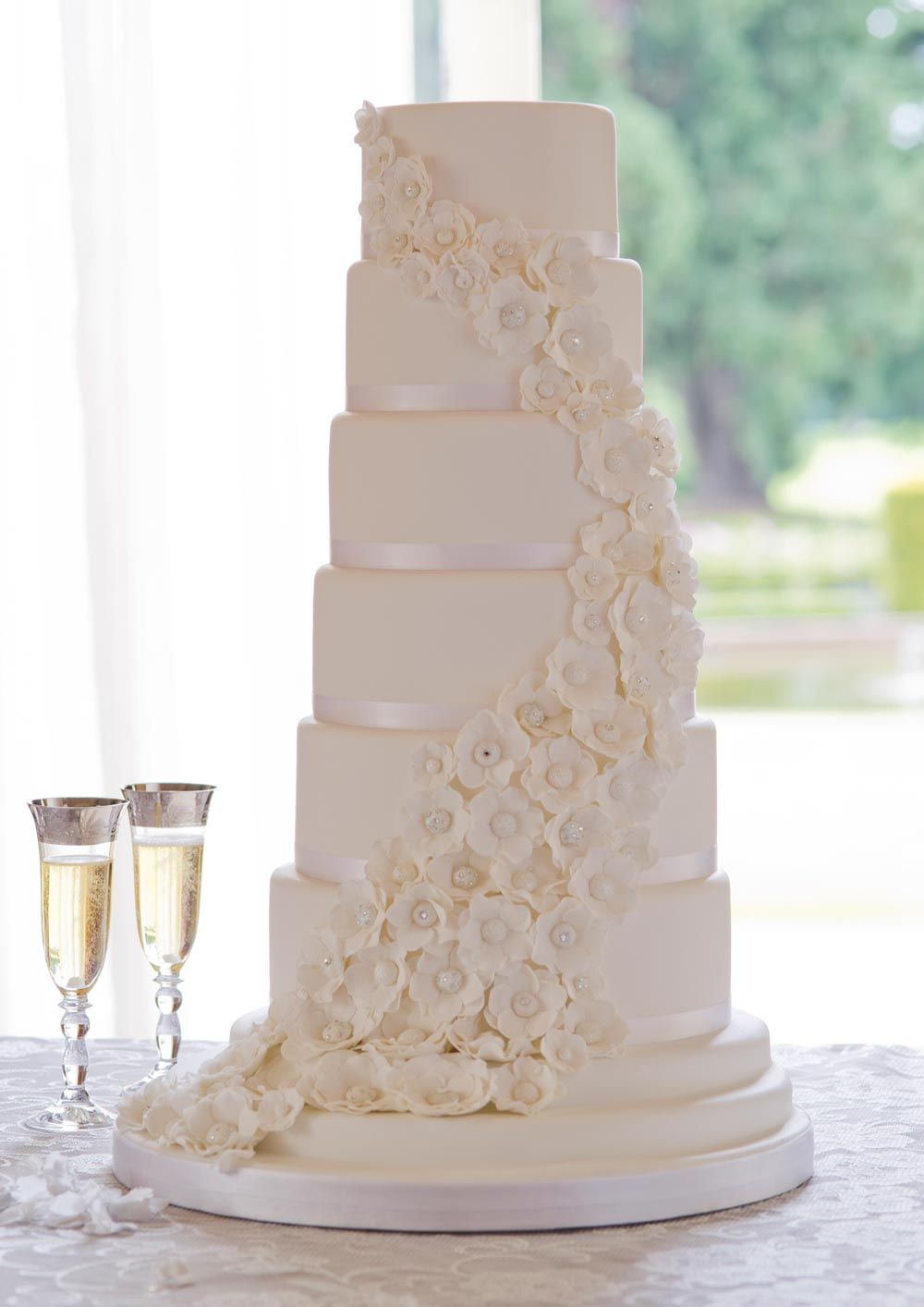 White Wedding Cake With Flowersose After A More Simple Style Will