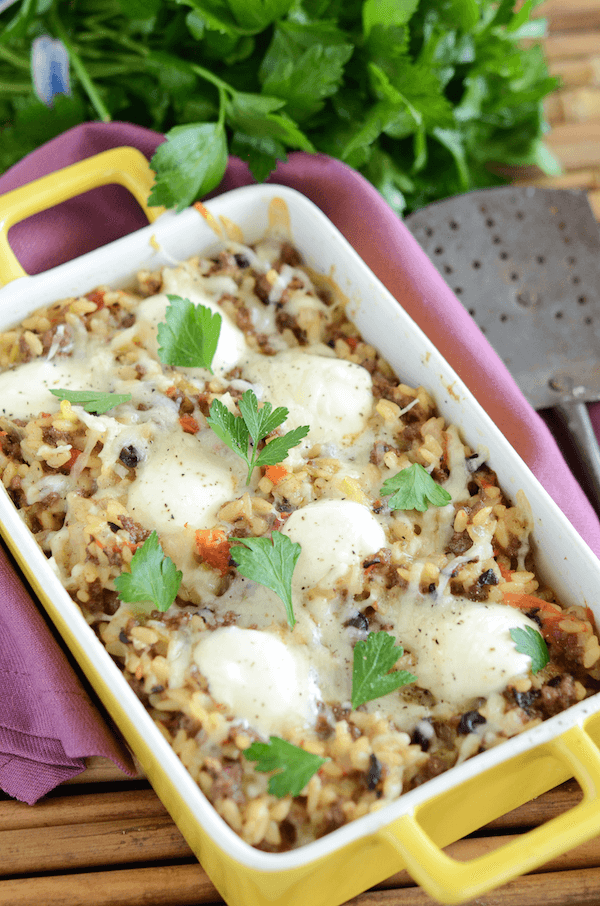 This Cheesy Beef And Orzo Casserole Is An Easy Filling Dinner Recipe That Even The Kids Will Love Made With Ground Beef Pasta Dishes Casserole Dishes Recipes
