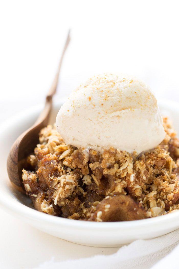 Slow Cooker Quinoa Apple Crisp -- a classic dessert that's totally hands off!