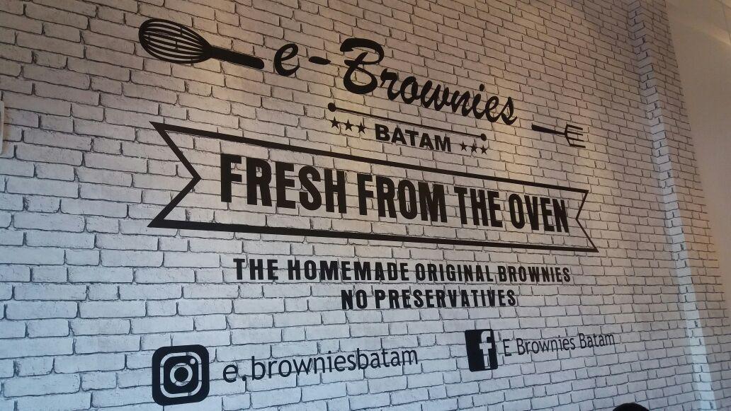 E Brownies Halal Food Trace Halal Recipes Halal Brownies