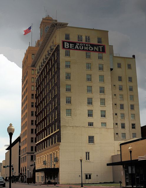 Formerly Hotel Beaumont Now It S The Retirement And Isted Living Community Texas 5 26 2017