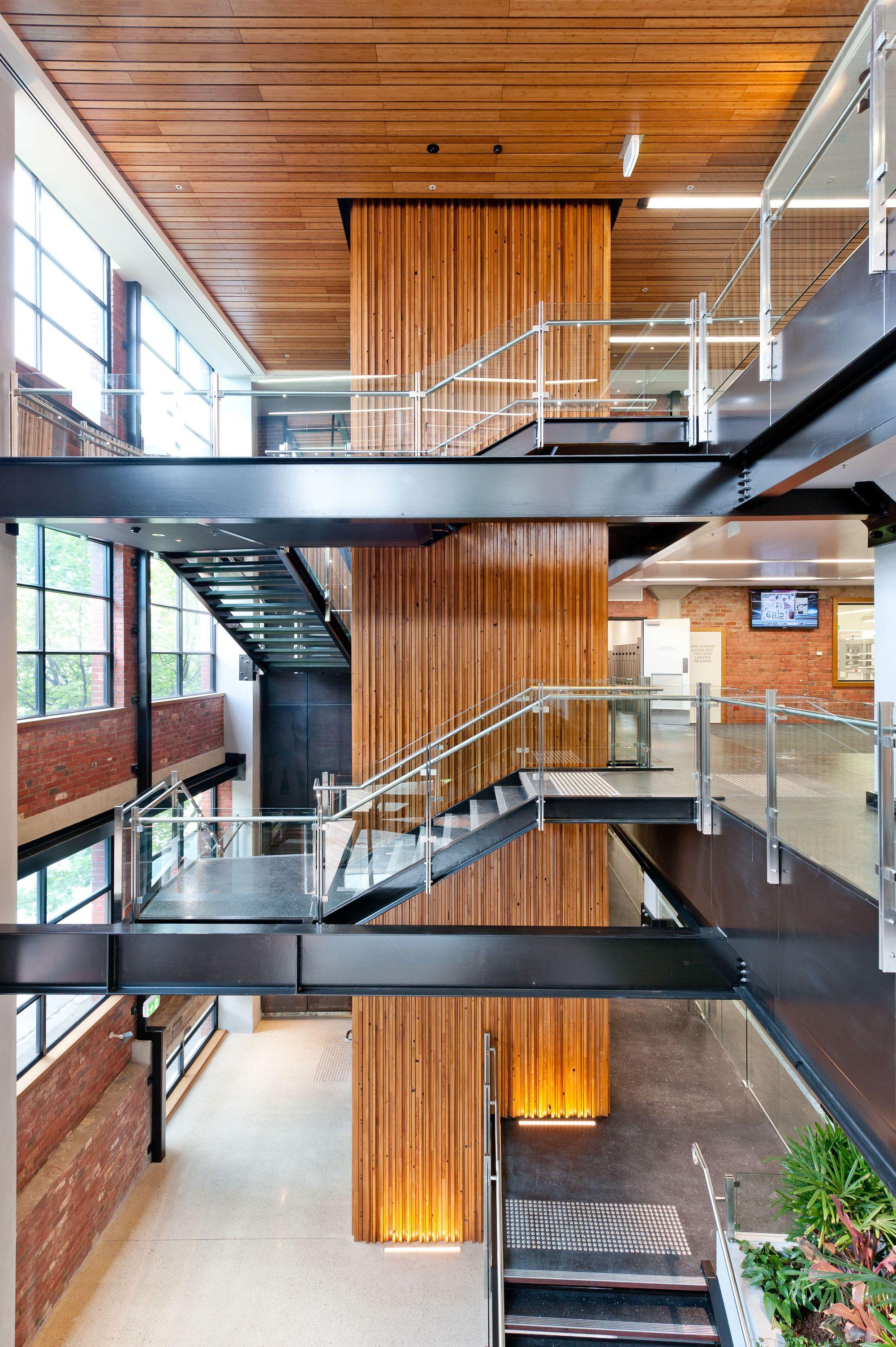 Centro de Processamento de Melbourne e Hemocentro da Cruz Vermelha Australiana / At Design Inc
