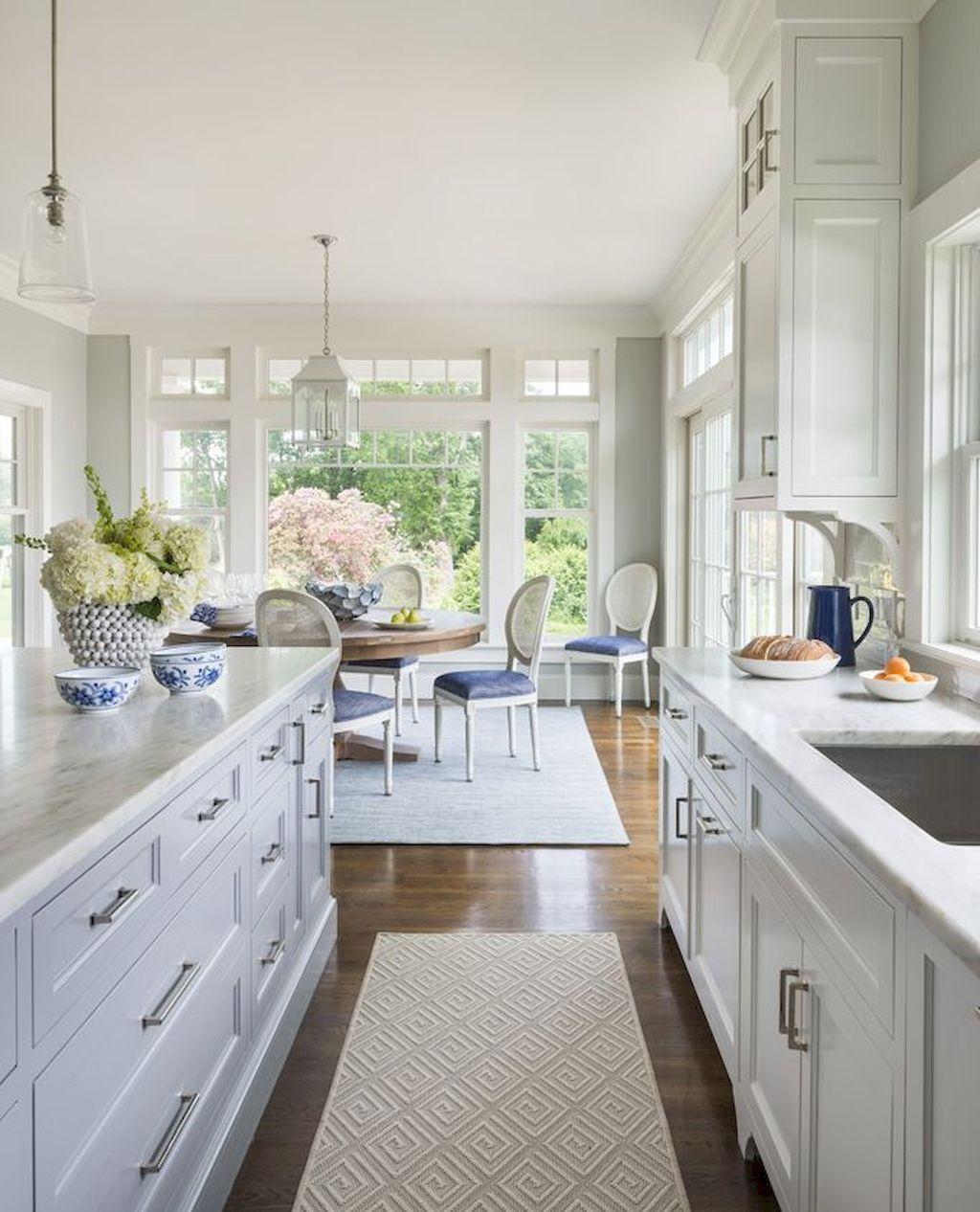 Beautiful white kitchen cabinet decor ideas 53