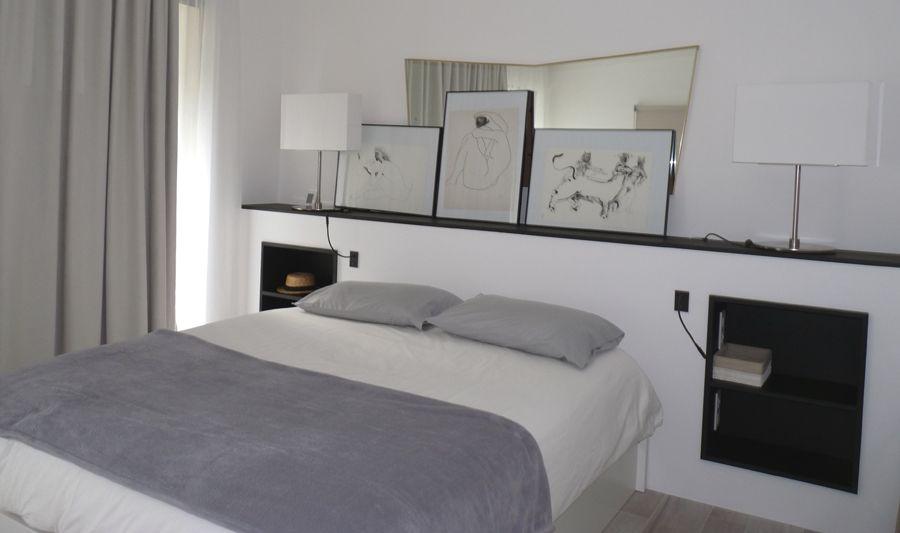 des niches fonctionnelles id es d co t te de lit placo. Black Bedroom Furniture Sets. Home Design Ideas