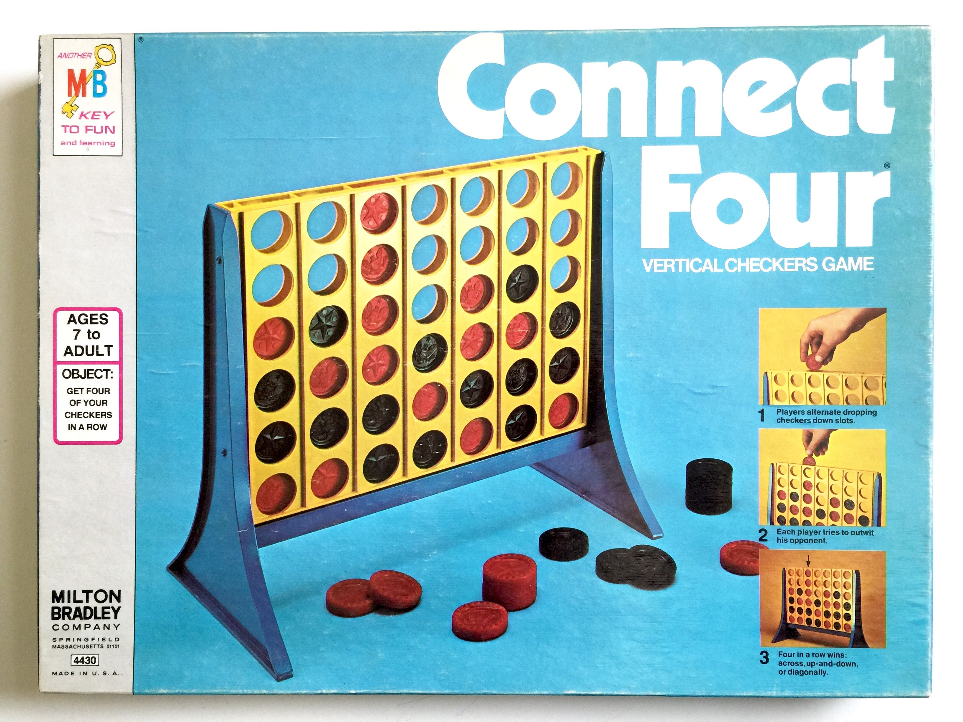 Milton Bradley Connect Four Vertical Checkers Game 1977