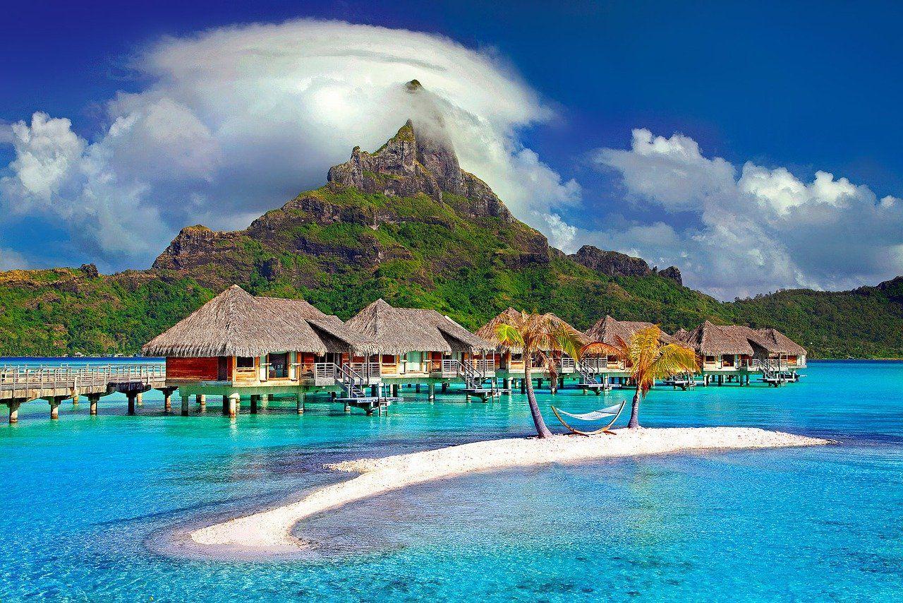 Tahiti Bora Bora Which Island Should You Visit Best Honeymoon Destinations Dream Vacations Honeymoon Destinations