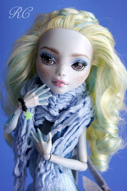 ♥MEI♥ OOAK custom repaint Monster High doll Lagoona Mattel by Raquel Clemente | Flickr - Photo Sharing!
