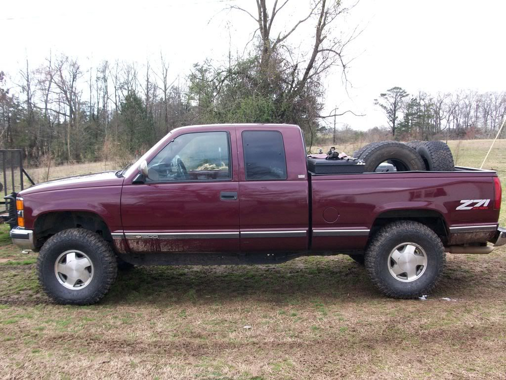 Silverado chevy 2002 silverado : gold 2002 chevy silverado 1500 4x4 lifted - Google Search   Chevy ...