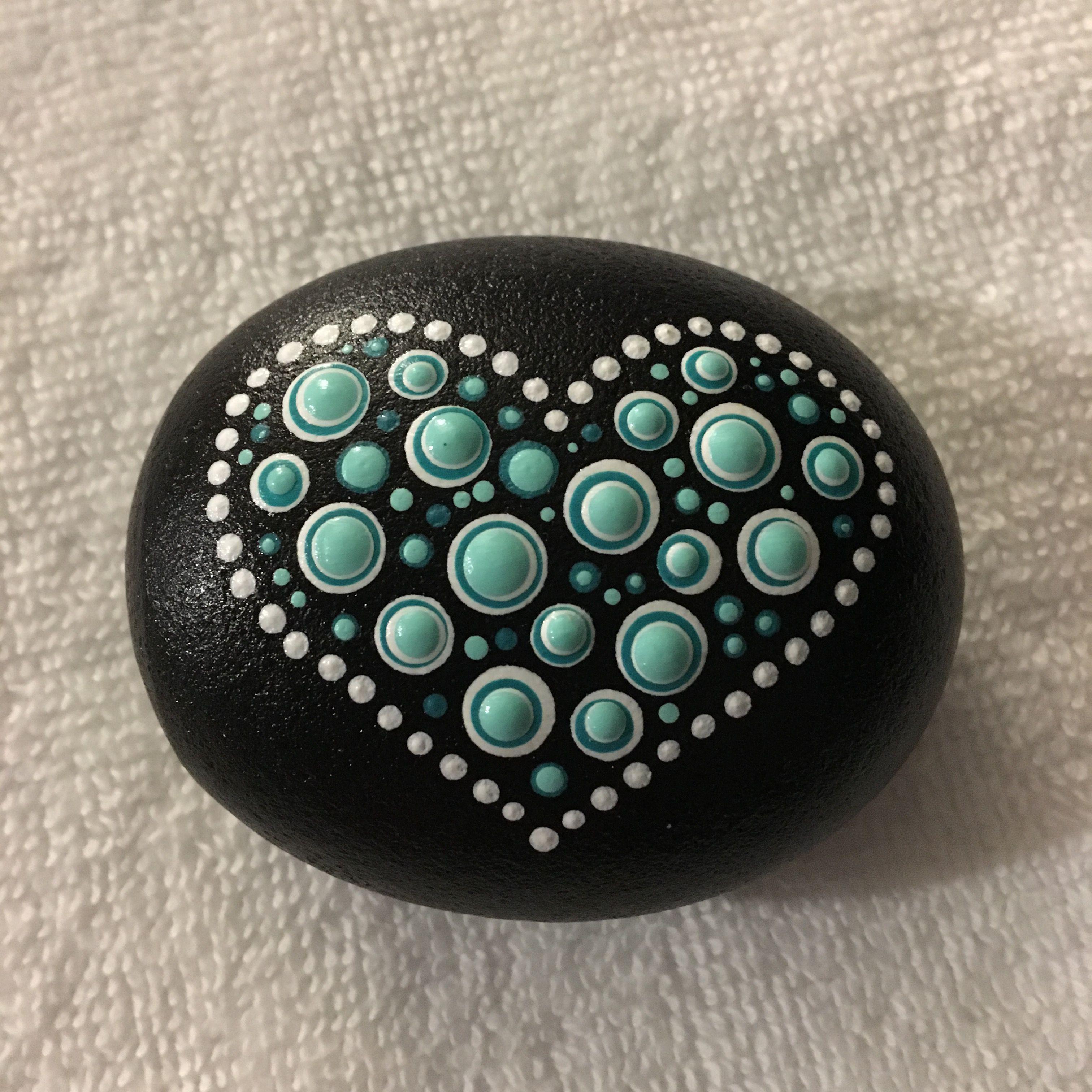 DIY bemalte Steine, malen auf Stein, Steinkunst, Herzen, Punkte, painted Rocks, #bemaltesteine
