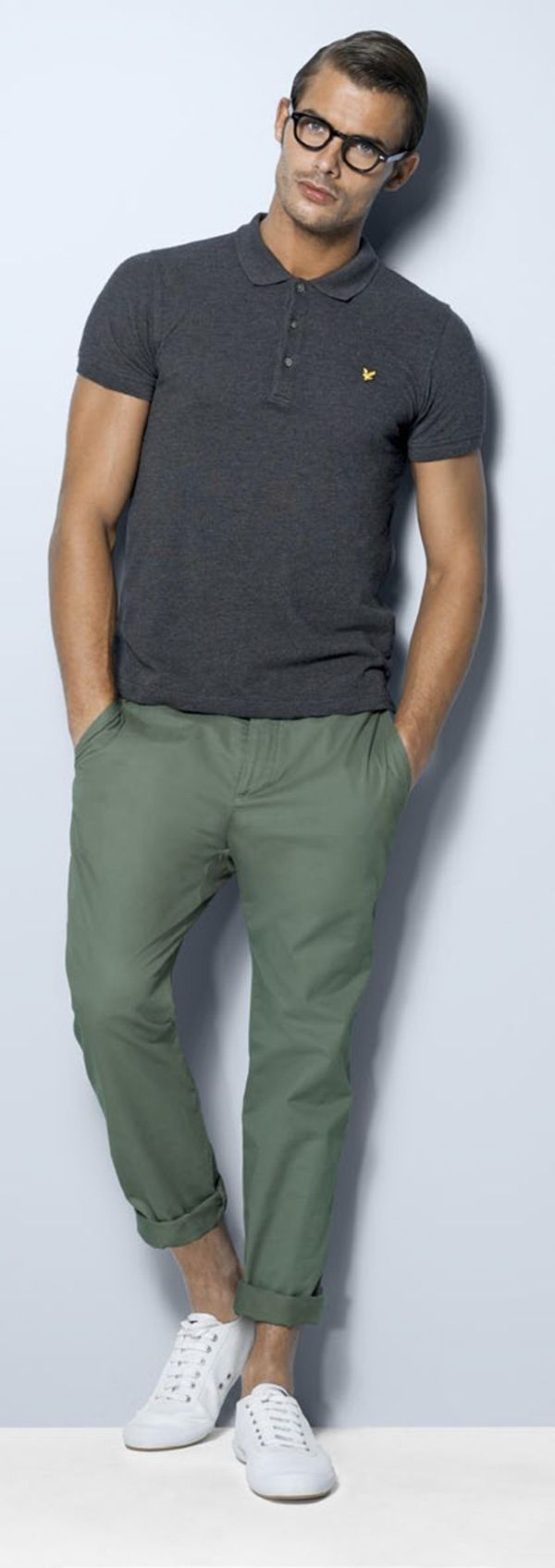 A dark grey polo and olive green trousers feel perfectly suited for weekend  activities of all 488af3060fe