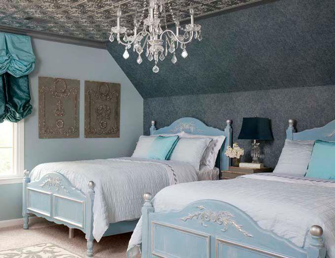 Wow super cozy (House of Turquoise Endia Veerman) paint bedroom