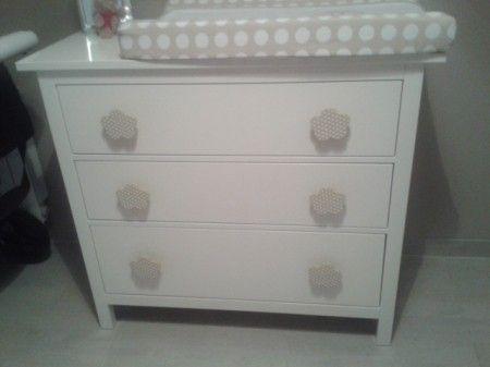 Pin de iani en habitacion bebe dresser furniture y decor - Ikea muebles bebe ...