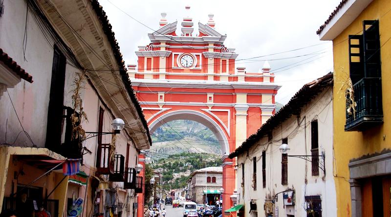 Ayacucho, lleno de cultura, historia, iglesias y belleza. En esta ciudad peruana se encuentra el