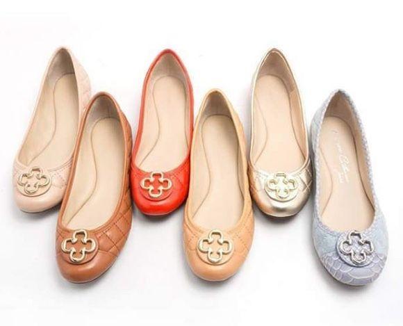 7f3648cb0 As Confortáveis Sapatilhas Capodarte Catherine | Zapatos | Shoes, Me ...