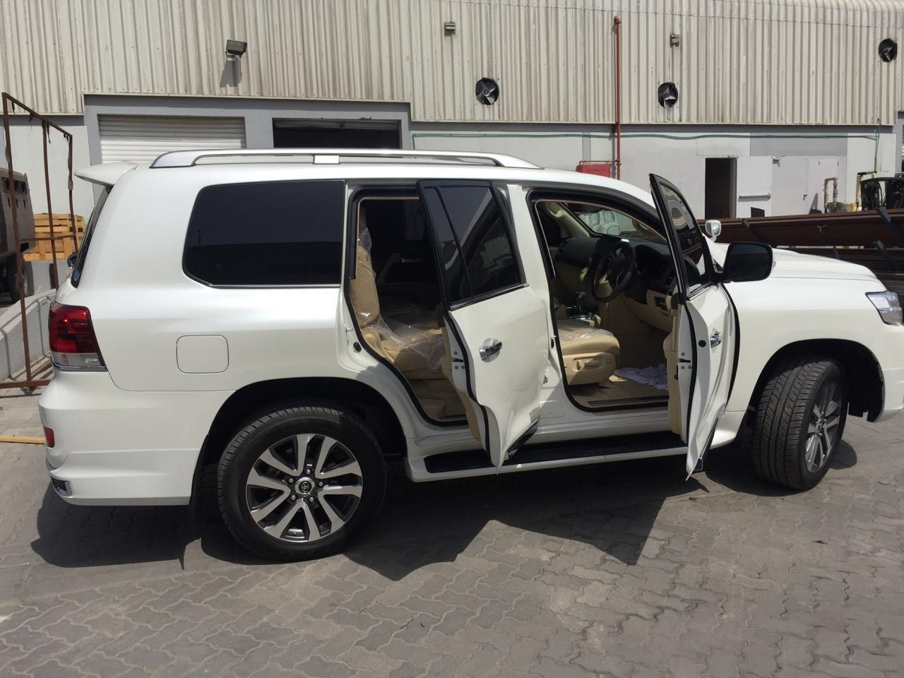 Pin By Daz Zle On Toyota Landcruiser B6 Armored Petrol 4 6l V8 Engine Quick Sale Ready For Shipping Uae Ajman Toyota Land Cruiser Armored Vehicles Bullet Proof Car