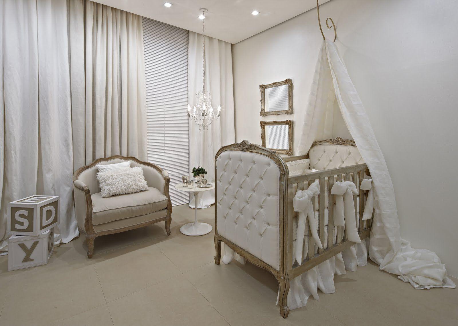 Ber O Cl Ssico Quarto Beb Em Tons Neutros Baby Room Quarto  ~ Quarto De Bebe Unisex Simples E Lustres Para Quarto Casal