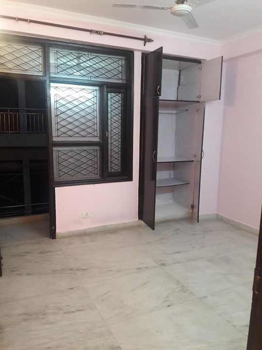 Awesome 2 Bhk Flat Is Available For Rent Attached Bathroom 15 Locker Storage Bathroom Decor