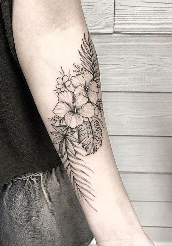 Top 52 Schone Florale Tattoos Art Flowertattoos Tatuajes De Flores Hawaianas Tatuajes De Flores Tropicales Tatuajes De Flor De Hibisco