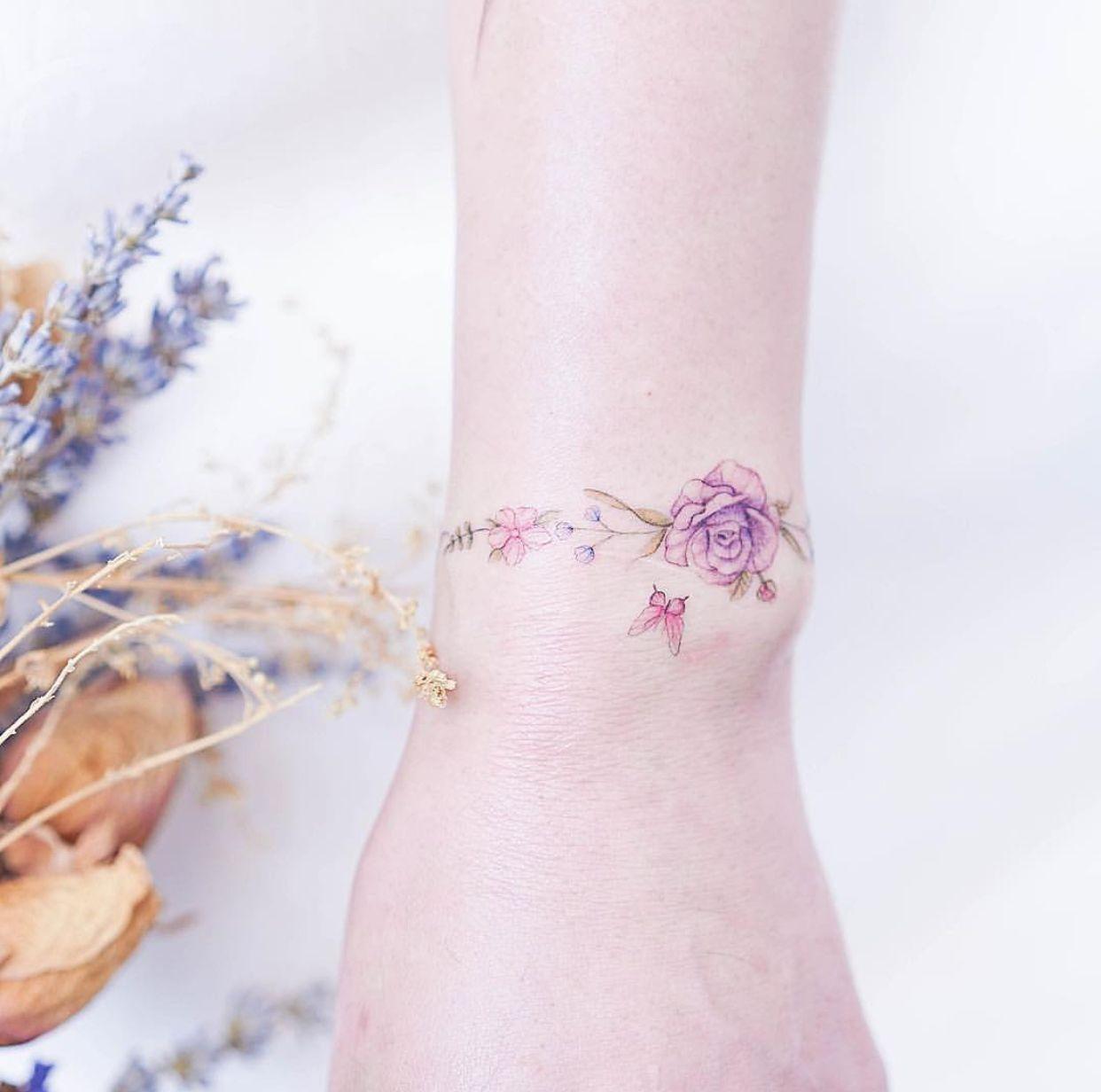 Rose Bracelet Tattoo Hk Tattoos For Women Wrist Bracelet Tattoo Tattoos For Women Flowers