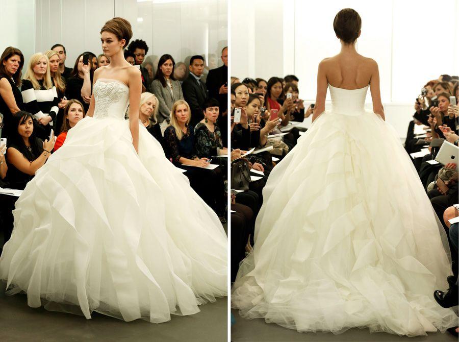 Vera Wang Fall 2013 A-line/Princess Strapless Meringue
