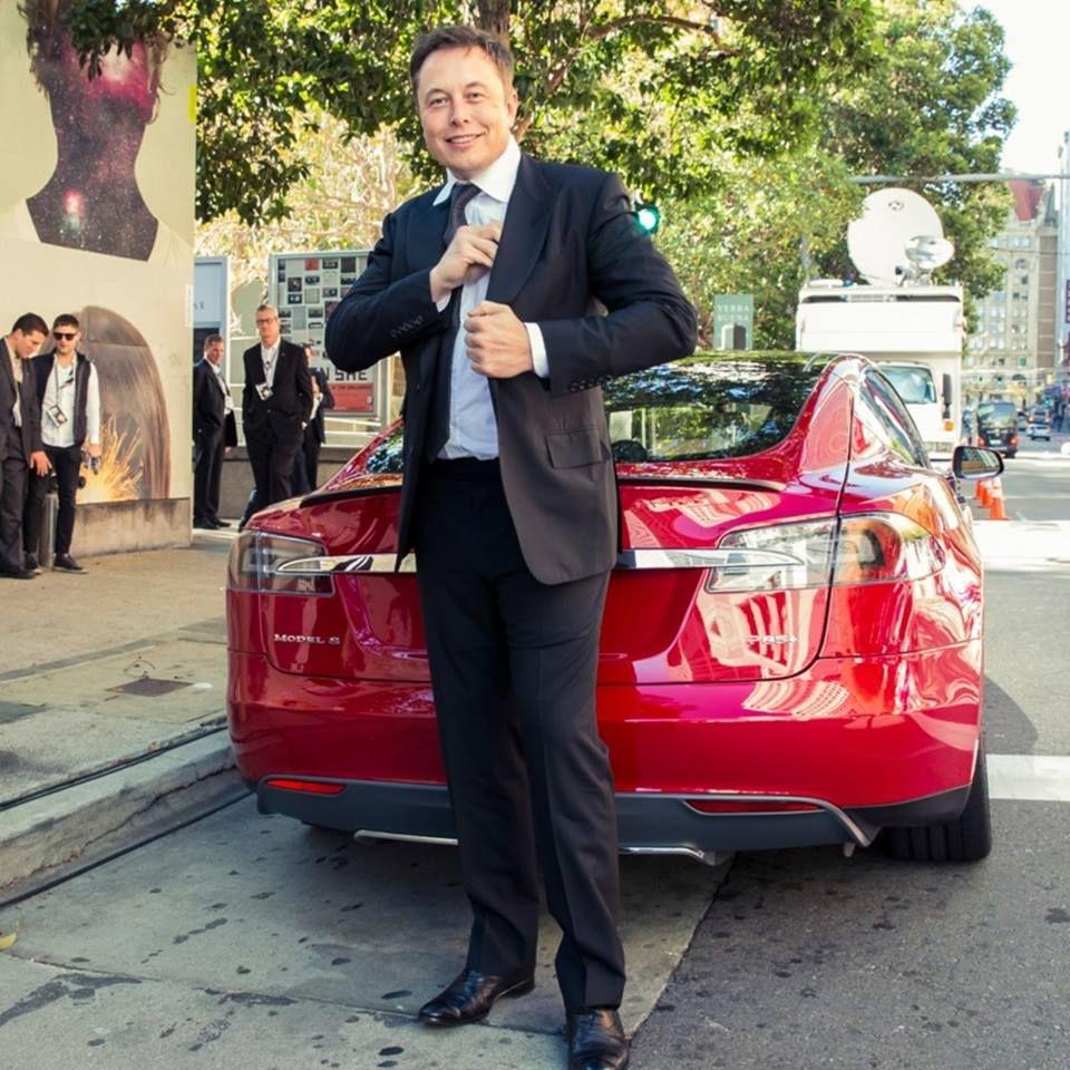 Elon Musk Biography Net Worth Celebrity Sphere In 2020 Elon Musk Biography Musk Elon Reeve Musk