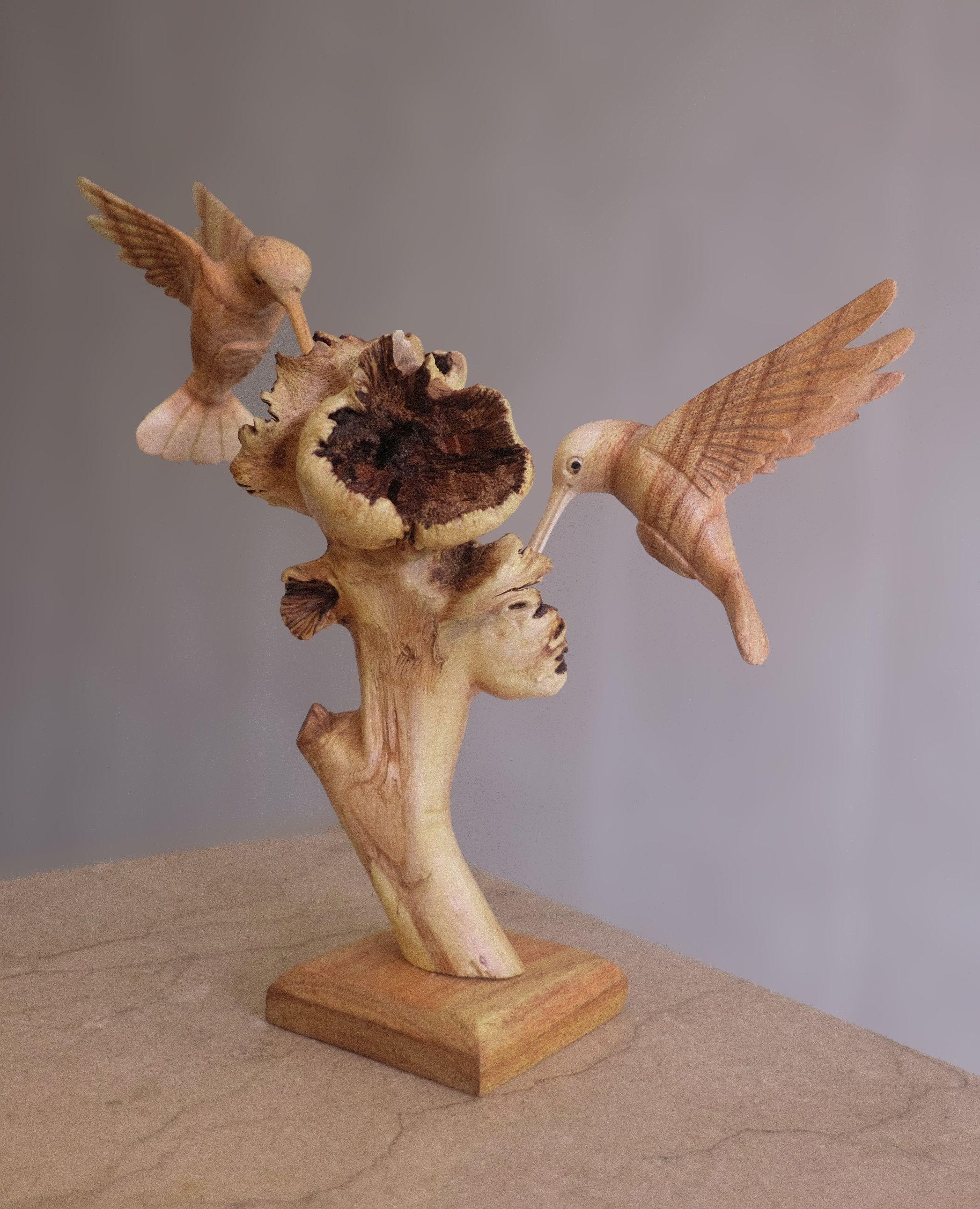 Top Seller Parasite Wood Mushroom Hummingbird