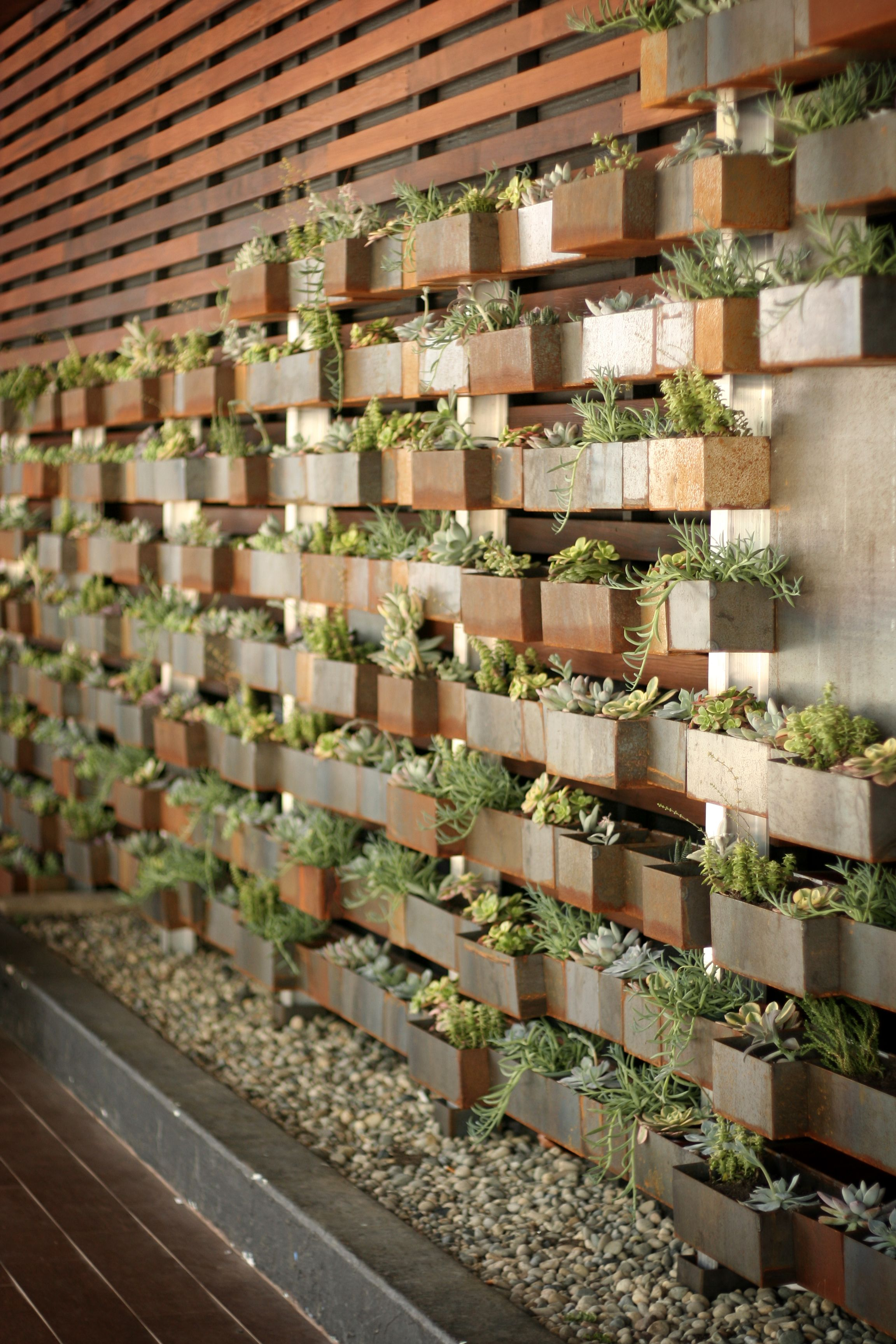 Great Modern And Elegant Vertical Wall Planter Pots Ideas 00004 Italian  Restaurant Decor, Outdoor Restaurant Design
