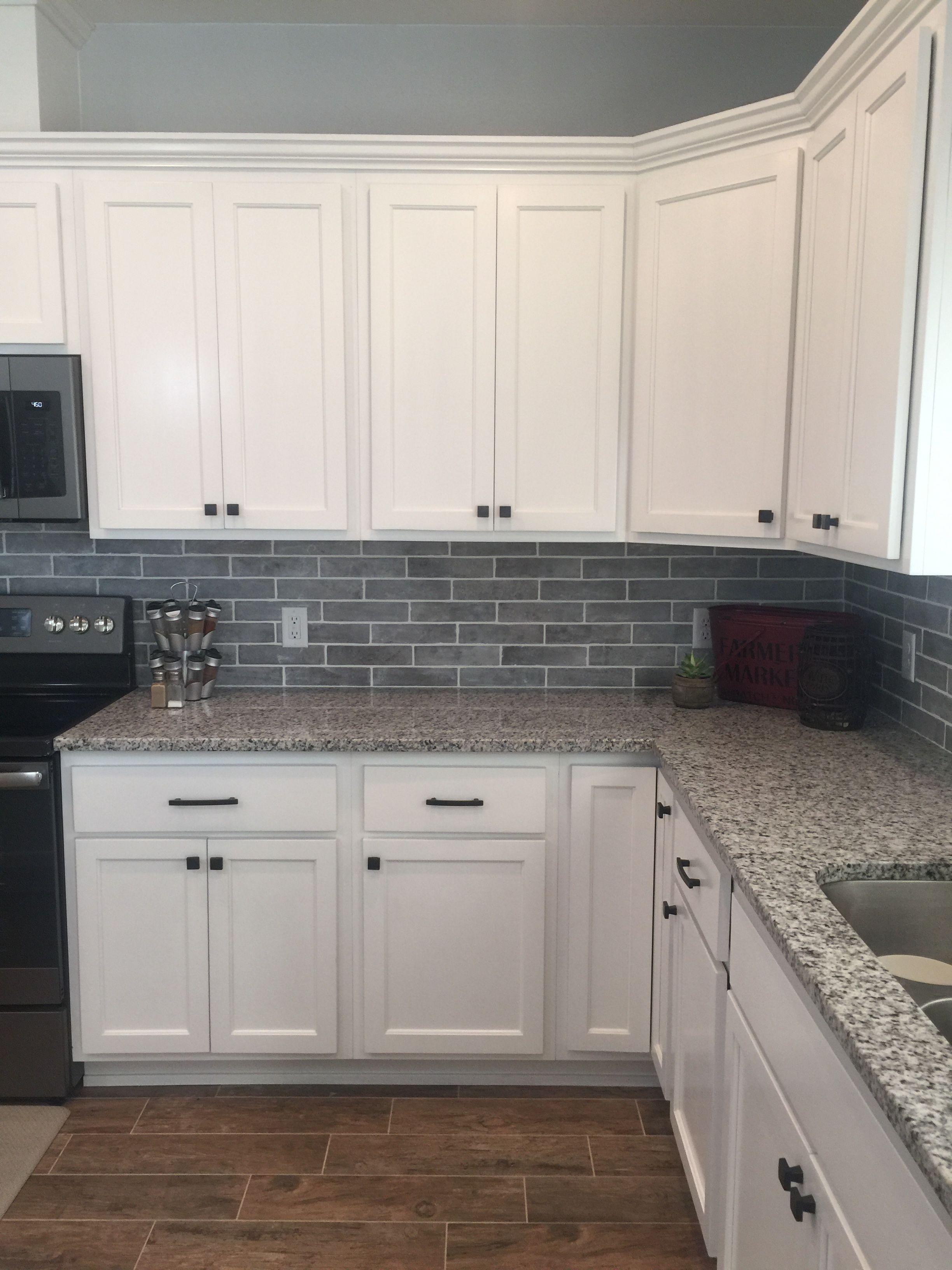 White And Gray Kitchen Kitchen Remodel Kitchen Backsplash Designs Kitchen Renovation