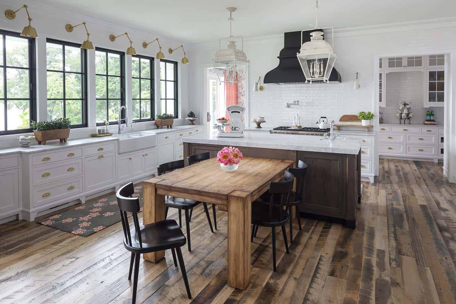 Stunning Modern Farmhouse With A Coastal Twist On Lake Minnetonka Kitchen Island Dining Table Diy Kitchen Renovation Kitchen Design