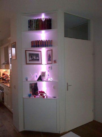 Hoekkast met led verlichting in hoogglans wit | Dream Home | Pinterest