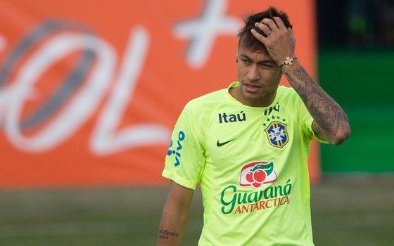 032de0431e Neymar participa de treino no Chile