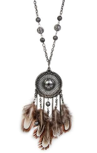 Very boho jewelry. Basically, lots of beads or feathers or both! Think Native American jewelry and I'll probably love it ;)